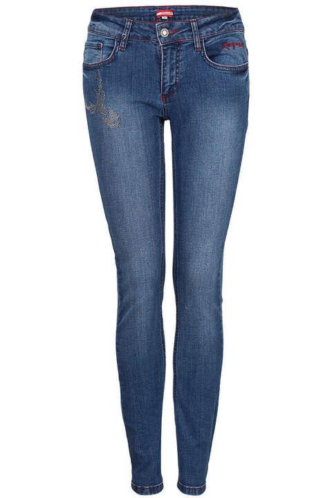 damen trachten jeans trachten shorts und kniebund jeans. Black Bedroom Furniture Sets. Home Design Ideas